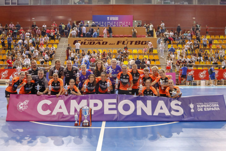 As xogadoras burelesas gañan a Supercopa estatal